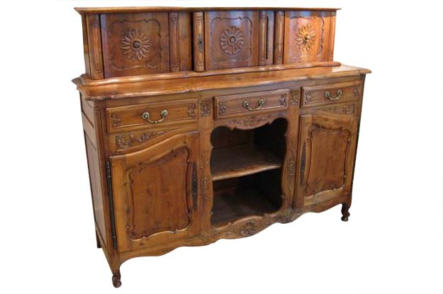 19th Century French Walnut Enfilade Glissant - Pent