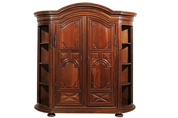 French 1820s Louis XIII Style Carved Walnut Armoire with Curved Open Shelves