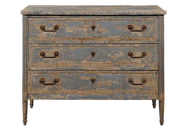 Swedish 1800s Gustavian Period Blue Painted Three-Drawer Chest with Fluted Posts