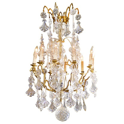 French 1900s Belle Époque Brass and Crystal 10-Light Chandelier with Pendeloques