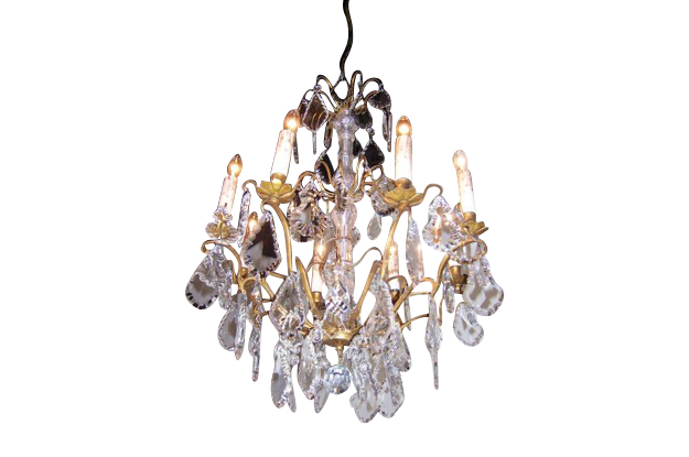 French 1860s Napoleon III Eight-Light Crystal Chandelier with Brass Accents